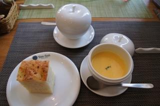スープとパン.jpg
