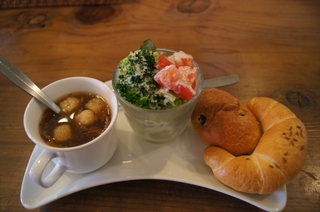 スープ・サラダ・パン.jpg