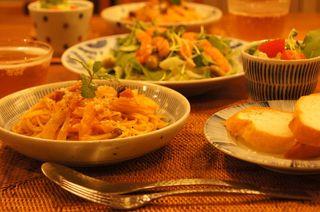 蟹クリームパスタとサーモンマリネ.jpg